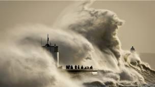 ब्रिटेन, बाढ़, पोर्थकॉल हार्बर