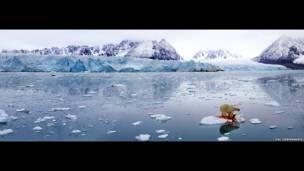 پانورامای قطبی، ۲۰۰۵، عکس از پل هرمانسن، محل سوالبارد، نروژ