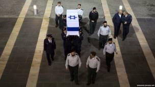 पूर्व इसरायली राजनेता एरियल शेरोन का अंतिम संस्कार
