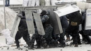 """Спецподразделение """"Беркут"""" атакует"""