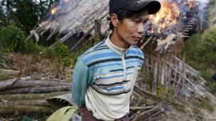 बर्मा के शान प्रांत में अफ़ीम की खेती