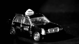 Taxi de juguete
