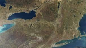 Лейк-Плэсид, Нью-Йорк. Фото NASA Earth Observatory