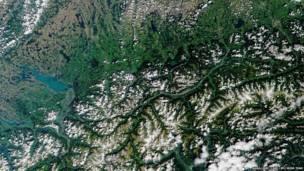 صورة التقطتها ناسا لإنسبروك النمساوية والمنطقة المحيطة بها