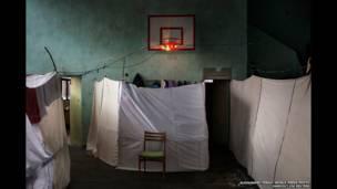 सीरियाई शरणार्थियों के लिए अस्थायी इंतज़ाम