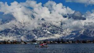 डल झील, शिकारा, श्रीनगर