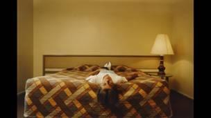 फिलिप लोर्का डिकोर्सिया, फोटो शीर्षकः 'इन हिज ट्वेंटीज', लॉस एंजिलीस, कैलिफोर्निया, 30 डॉलर, 1990-92