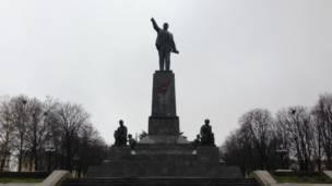 مجسمه لنین در سواستوپول