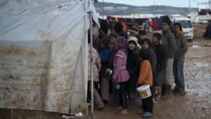 Anak-anak di tempat penampungan pengungsi