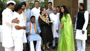 भारत में नेताओं की होली, सोनिया गांधी, कांग्रेस अध्यक्ष