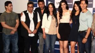 आमिर ख़ान, सुभाष घई, जैकी श्रॉफ़, जैकी की पत्नी आएशा श्रॉफ़, अभिनेत्री कीर्ति सैनन, जैकी की बेटी कृष्णा श्रॉफ़ और जैकी के बेटे टाइगर श्रॉफ़.