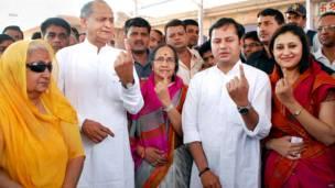 राजस्थान के पूर्व मुख्यमंत्री अशोक गहलोत