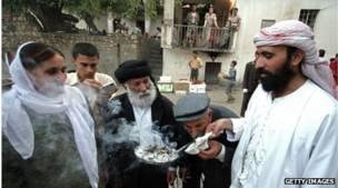 إقليم كردستان العراق: تسلسل زمني 140424181938__70032995_kurdistan_yazidis_g