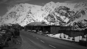 कश्मीर, लद्दाख, करगिल, भीमभट्ट, क़तार के आख़िरी