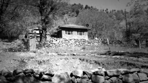 क़तार के आख़िरी, कश्मीर, नियंत्रण रेखा, आख़िरी गांव
