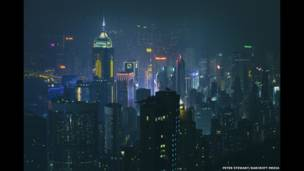 हॉंगकॉंग की रात का नज़ारा