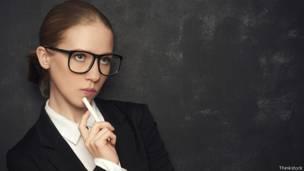7c3d02e414 Realmente usar gafas debilita la vista? - BBC News Mundo