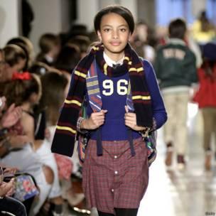 बच्चों का फ़ैशन शो, साक्षरता के लिए समर्थन, न्यूयार्क सिटी, न्यूयार्क पब्लिक लायब्रेरी