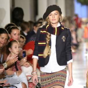 बच्चों का फ़ैशन शो, साक्षरता के लिए समर्थन, न्यूयार्क सिटी,