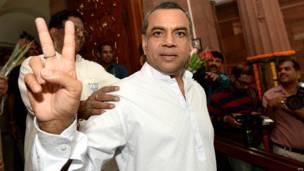 परेश रावल भाजपा नेता