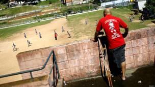 गोलकीपर, अलेक्सांद्रे तोलेदो, ब्राज़ील