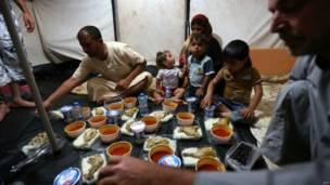 रमज़ान, इराक़, विस्थापित