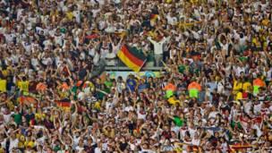الجمهور الألماني في ملعب مينيراو بمدينة بيلو هوريزونتي البرازيلية في 8 يوليو/تموز 2014 - وكالة  الأنباء الفرنسية
