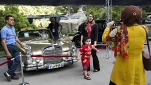 तेहरान में कार प्रदर्शनी