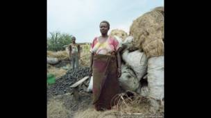 बुरुंडी के बुजुमबुरा की एज़्बिया न्याकाबिगा