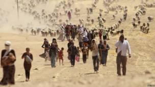 यज़ीदी समुदाय के विस्थापित लोग
