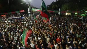 पाकिस्तान में प्रदर्शनकारी