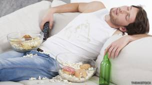 ¿Por qué nos da sueño después de comer mucho? 140822143955_curiosos_dormido_464x261_thinkstock