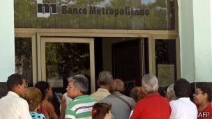 Banco en Cuba