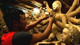 दुर्गा पूजा, मूर्ती