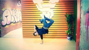 लड़का, नृत्य, डांस, अब्बास मुजाहिद