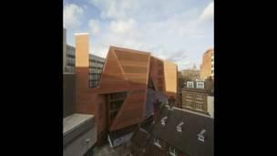 लंदन स्कूल ऑफ़ इकोनॉमिक्स के सॉ सी हॉक स्टूडेंट सेंटर