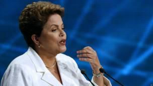 Frases de Aécio e Dilma no embate eleitoral