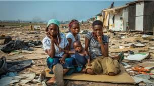 Fotógrafo, blogueiro e poeta aproveita as viagens que faz pela África para registrar o cotidiano das mulheres africanas. | Foto: Nana Kofi Acquah