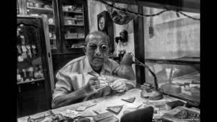 घड़ी निर्माता, सुवांकर सेन