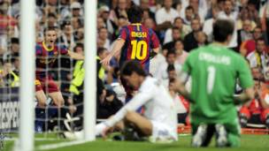 Lionel Messi, bakina na Real Madrid mu 2011