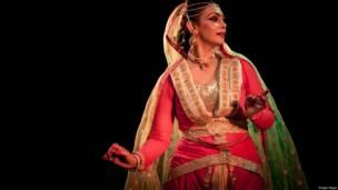 नीलाक्षी राय, संस्कृत नाटक आम्रपाली