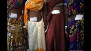 مرگ ۱۵ زن در دو اردوگاه عقیم سازی دولتی در هند،
