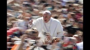 پاپ فرانسیس رهبر کاتولیک های جهان