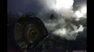 سقوط یک هواپیمای مالزیایی در شرق اوکراین