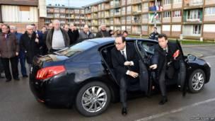 फ्रांसीसी राष्ट्रपति, फ्रांसुआ ओलांद, स्कूल
