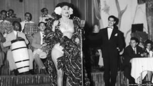 Танцовщица румбы. 1946 год.