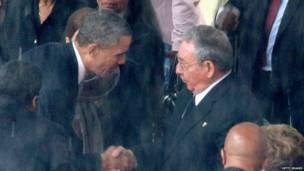 Барак Обама и Рауль Кастро, 2013 год.