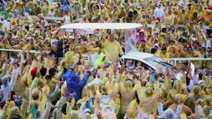 फ़िलीपींस के टेक्लोबान शहर में पोप फ्रांसिस
