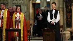 चर्च ऑफ़ इंग्लैंड, रेवरेंड लिब्बा लेन, महिला पादरी