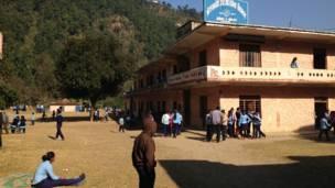 Школа Санха Деви